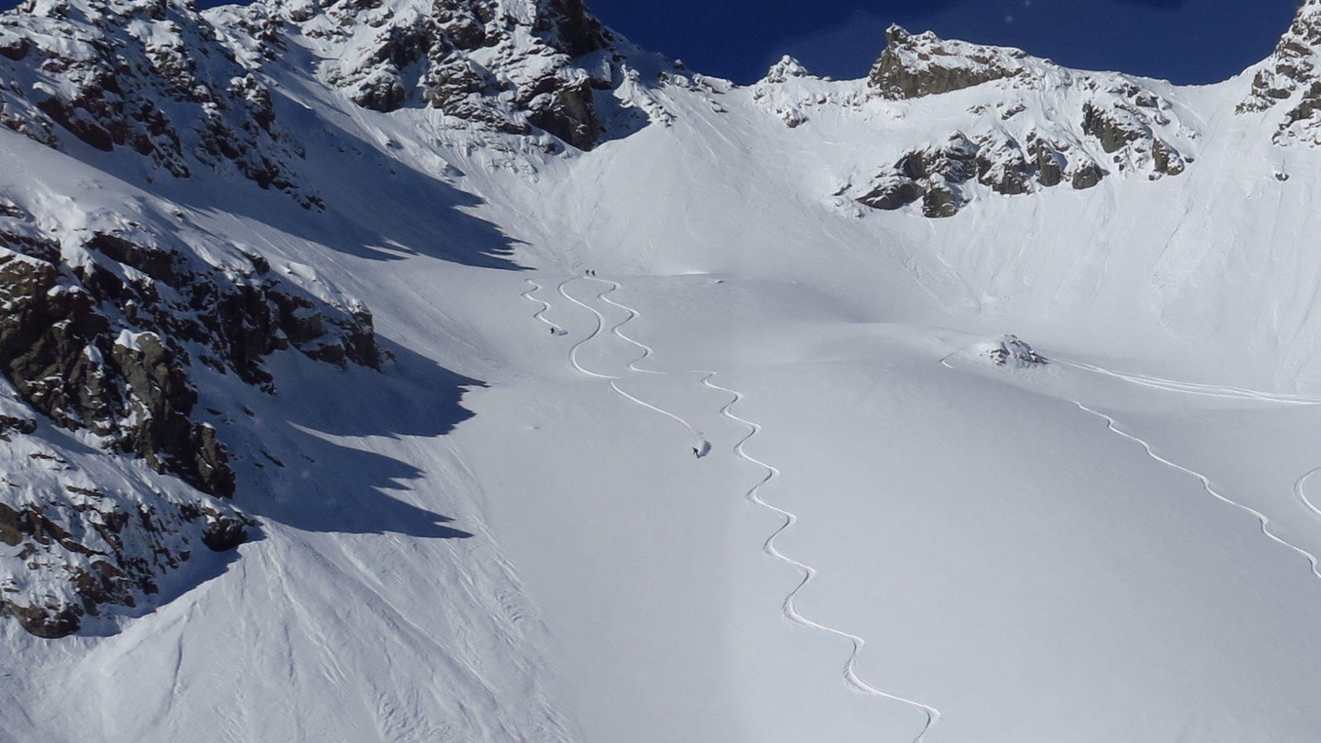 Fresh Snow - Fresh Lines